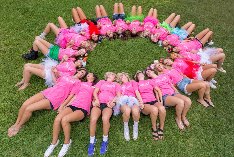 Delta-Zeta-Bid-Day-Pledge-Class-Photo